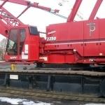 2250 Manitowoc 2250 300 ton crawler crane